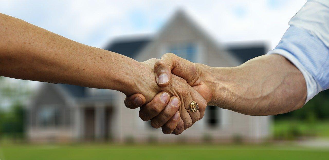 Le métier de négociateur immobilier  : compétences et formation pour y accéder